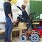 электрическая инвалидная коляска / для улицы / для помещений / наклонная